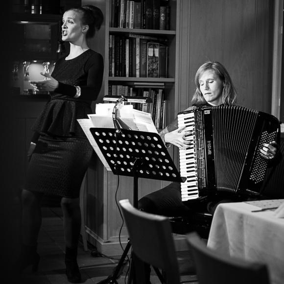 Anne Schneider und Susanne Stock beim Kurt Weill Fest Dessau, Foto: Doreen Neumann